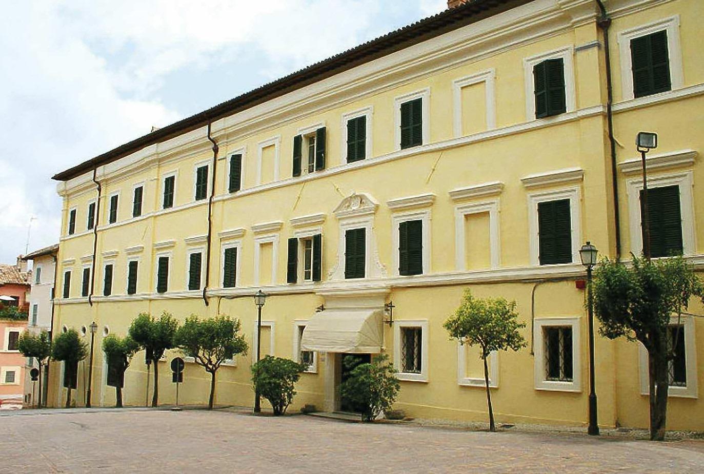 Albergo Duomo Umbria Viaggio Nella Storia